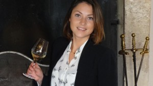 Chat with Clémence Quemin MBA 2015 Specialization Wine & Spirits promotion
